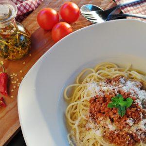 Spageti su veganišku Bolognese padažu